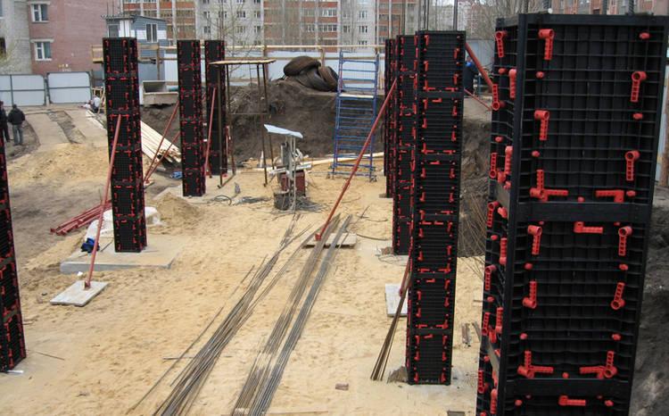 ENCOFRADOS-PLASTICOS-realizar-columnas-encofrado_CLAIMA20150626_0239_15