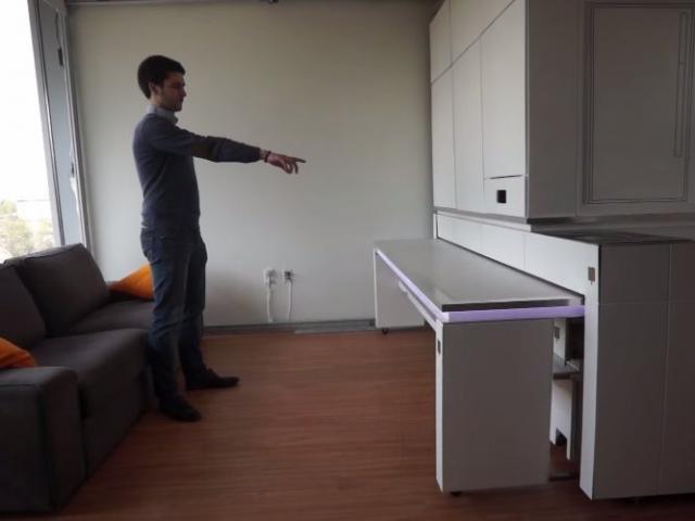 Un mueble inteligente que obedece gestos